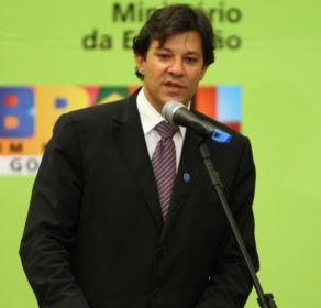 Fernando Haddad, o ministro que tenta fazer um concurso nacional, em foto de Dida Sampaio, da Agência Estado.