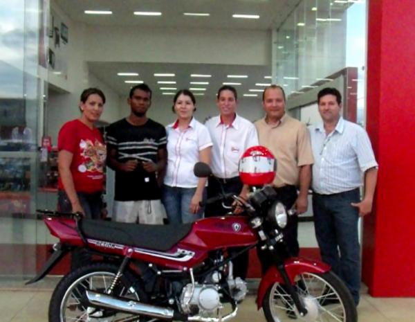 Acelem 4º ganhador da moto da Camp. Natal da ACELEM 2012