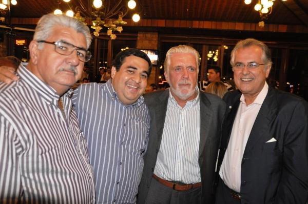 Antonio Henrique, Demir Barbosa, Jaques Wagner e Humberto Santa Cruz no jantar da UPB