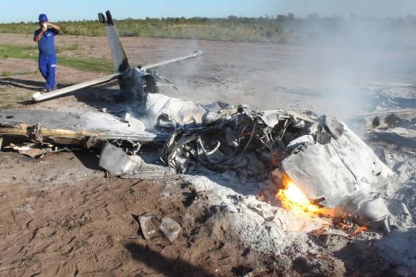 acidente aviãO 010