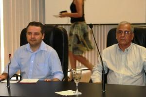 Os professores Poty Lucena e José Vasconcelos Lima Oliveira