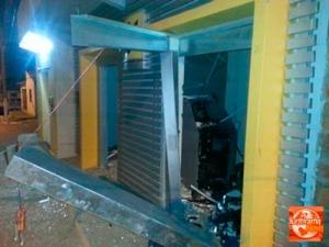 Caixa explodido em Buritirama