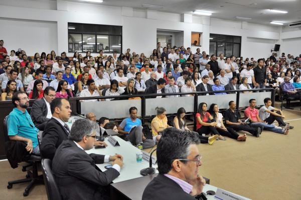 Advogados defendem em Barreiras a federalização da justiça baiana.