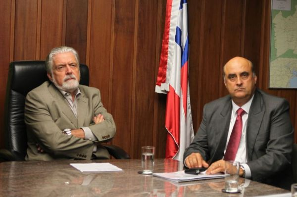 O Governador e o seu Secretário, em foto de Manu Dias, da SECOM