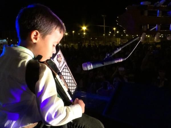 Kauê Alves Gosch, de 6 anos, surpreendeu com performance no acordeão.