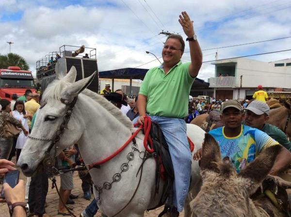 Geddel e a mula branca: se isso não é campanha, o que seria então?