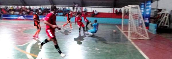 A partir das 20h desta sexta-feira, 27, a bola rola na abertura do II Campeonato Municipal de Futsal de Luís Eduardo Magalhães.