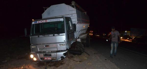 O motorista do caminhão tentou desviar, mas o choque foi inevitável