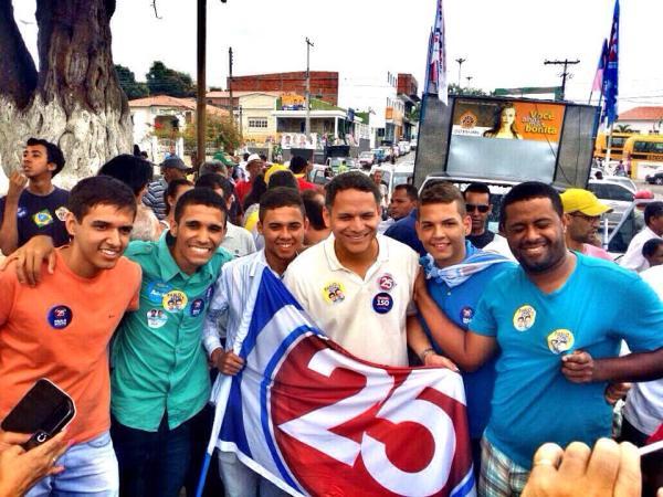 Em Itabera, Pablo também participou de uma grande festa cívica em prol de sua candidatura.