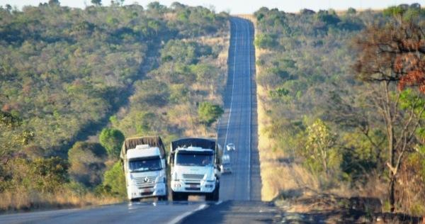 Br 020, na altura das cabeceiras do Rio das Éguas.