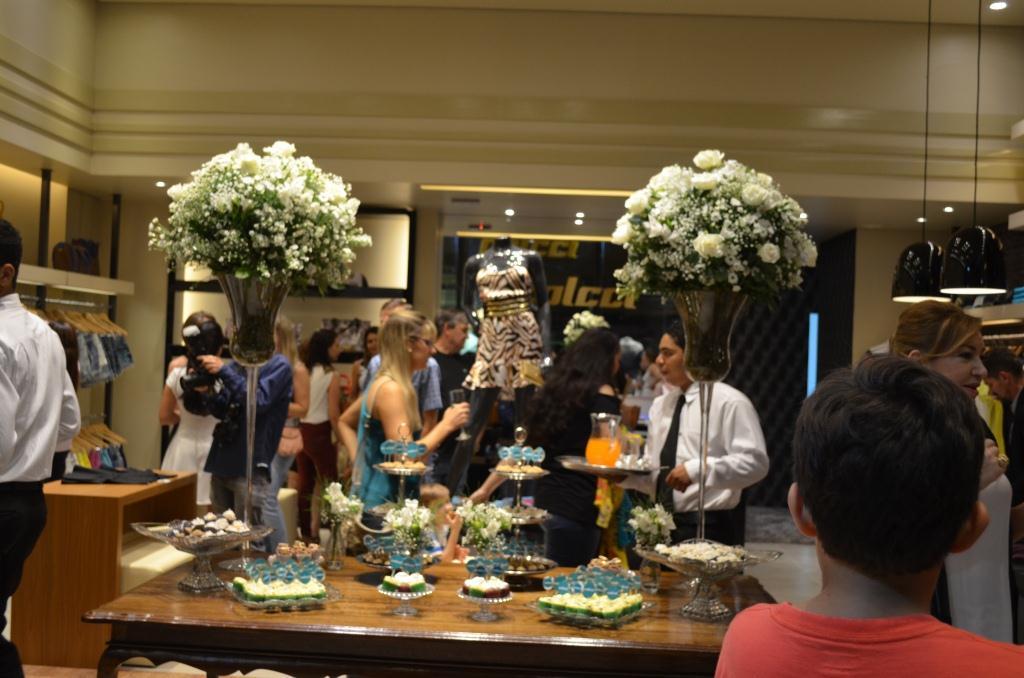 457d36378fb Inaugurada loja Colcci em Luís Eduardo Magalhães