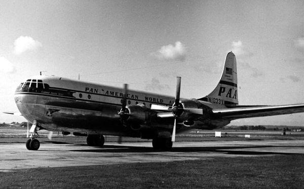 640px-Boeing_377_N1033V_PAA_Heathrow_12.9.54