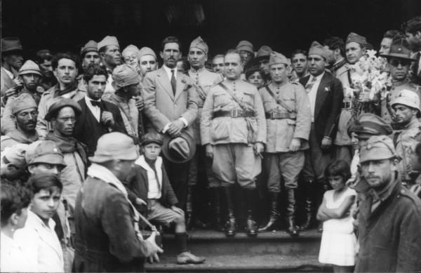 A Revolução de 1930 que inscreveu o País no processo de desenvolvimento industrial e avanços sociais