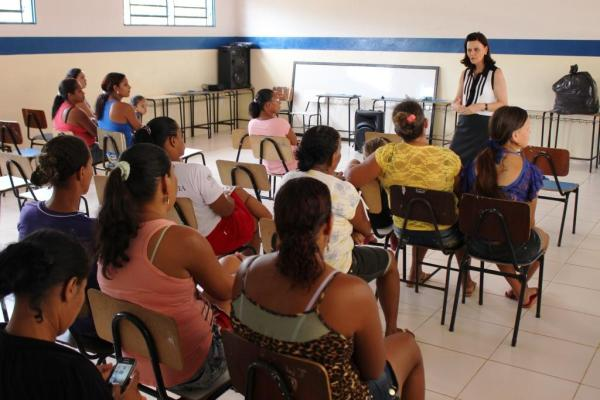 Ciclo de palestras Entre Nós chegou ao Assentamento Rio de Ondas