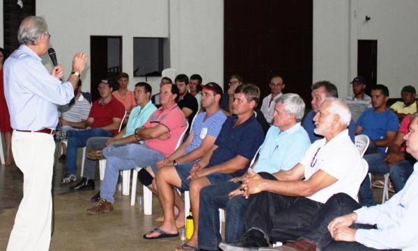 Parceria entre prefeitura e Abapa  recuperou 56 km de estrada, beneficiando entre 40 a 50 produtores rurais e 50 mil hectares de plantio