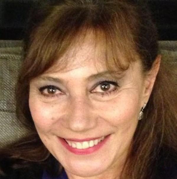 A jornalista, ex-amante de Fernando Henrique por 6 anos: apagada da vida pública do Brasile exilada.