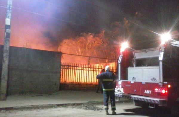 incendio em terreno baldio em Barreiras