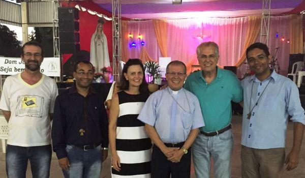 O prefeito Humberto Santa Cruz prestigiou o último dia do Celebrai em Cristo da Igreja Católica em LEM