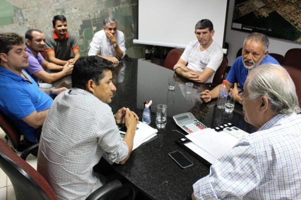 Reunião define vinda da Seleção Brasileira de Futebol Master para amistoso no aniversário da cidade