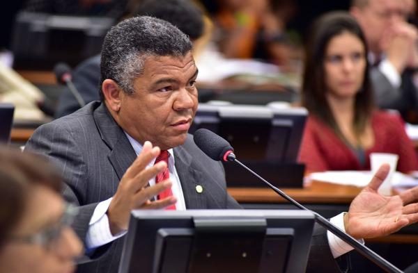 O deputado federal Valmir Assunção - Agência Câmara