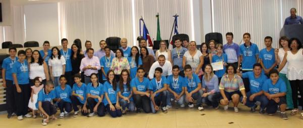 Premiação da 10ª Olimpíada Brasileira de Matemática das Escolas Públicas (OBEMEP). Foto - Arquivo ASCOM LEM 2015 (1)