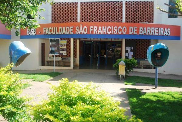 Faculdade São Francisco de Barreiras_frente (1)