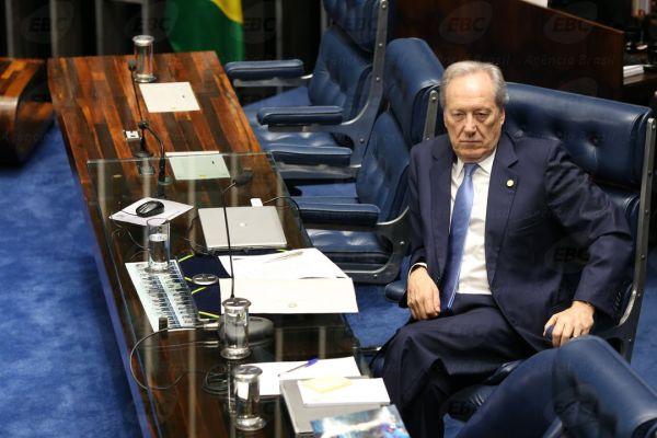 Brasília - Sessão do impeachment no Senado, conduzida pelo presidente do STF, Ricardo Lewandowski, para decidir se a presidenta Dilma Rousseff será julgada por crime de responsabilidade