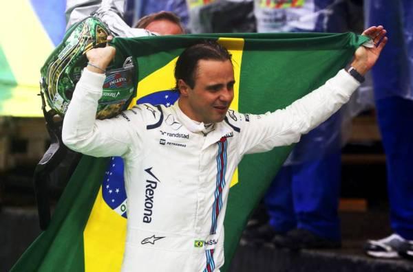 Felipe Massa na despedida: emocionado chorou em Interlagos, mas poderá voltar.