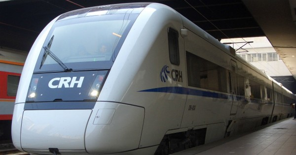 O trem chinês que está revivendo a rota da Seda, numa viagem de 14 mil km.