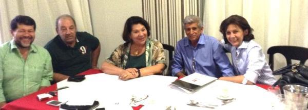 """""""La Calmon"""" com este Editor e políticos do seu partido, o PSB, em visita a Luís Eduardo Magalhães"""